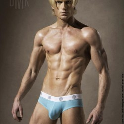 DMK Designs Model Evan Vale