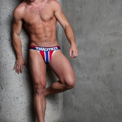 Timoteo's New Magnitude Collection worn by Bruin Collinsworth