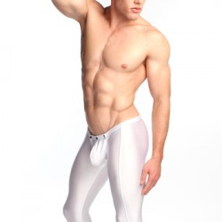 REVIEW: N2N Bodywear Titan Runner