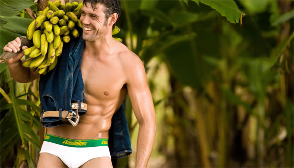 The world is going bananas for aussieBum!