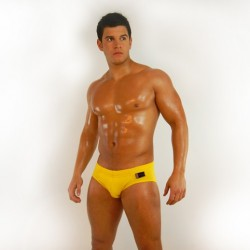 Review – Bum Chums Lemon Lush Swim Brief