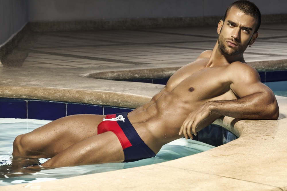 hot-latin-nude-men