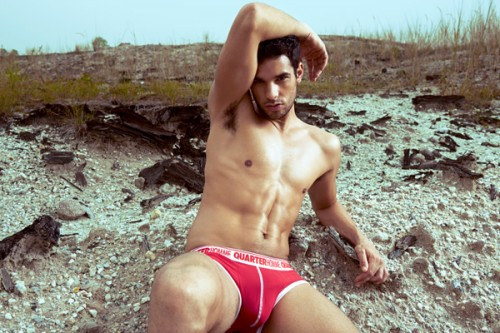 Quarter_homme_mens_underwear_tease_red_01