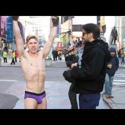 Justin Case Underwear Challenge – Times Square