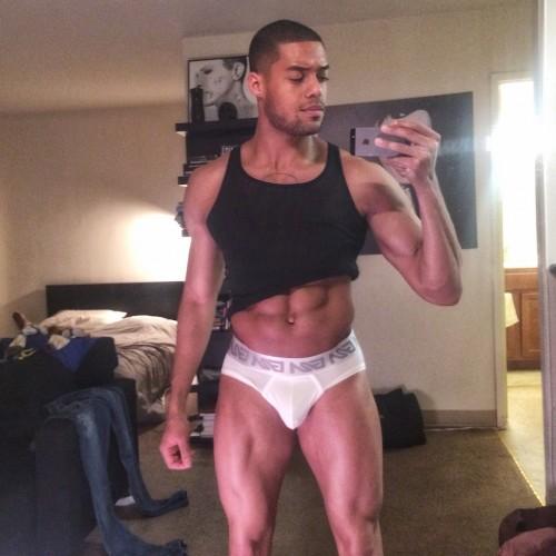 Joshua Trusty Selfie Garcon Model  Pink underwear 4