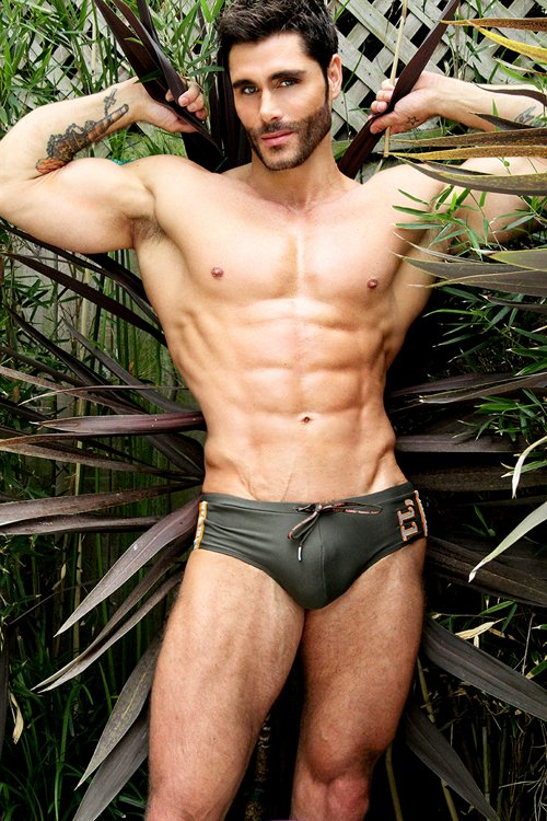 Brief Distraction featuring Jack Mackenroth and Baskit