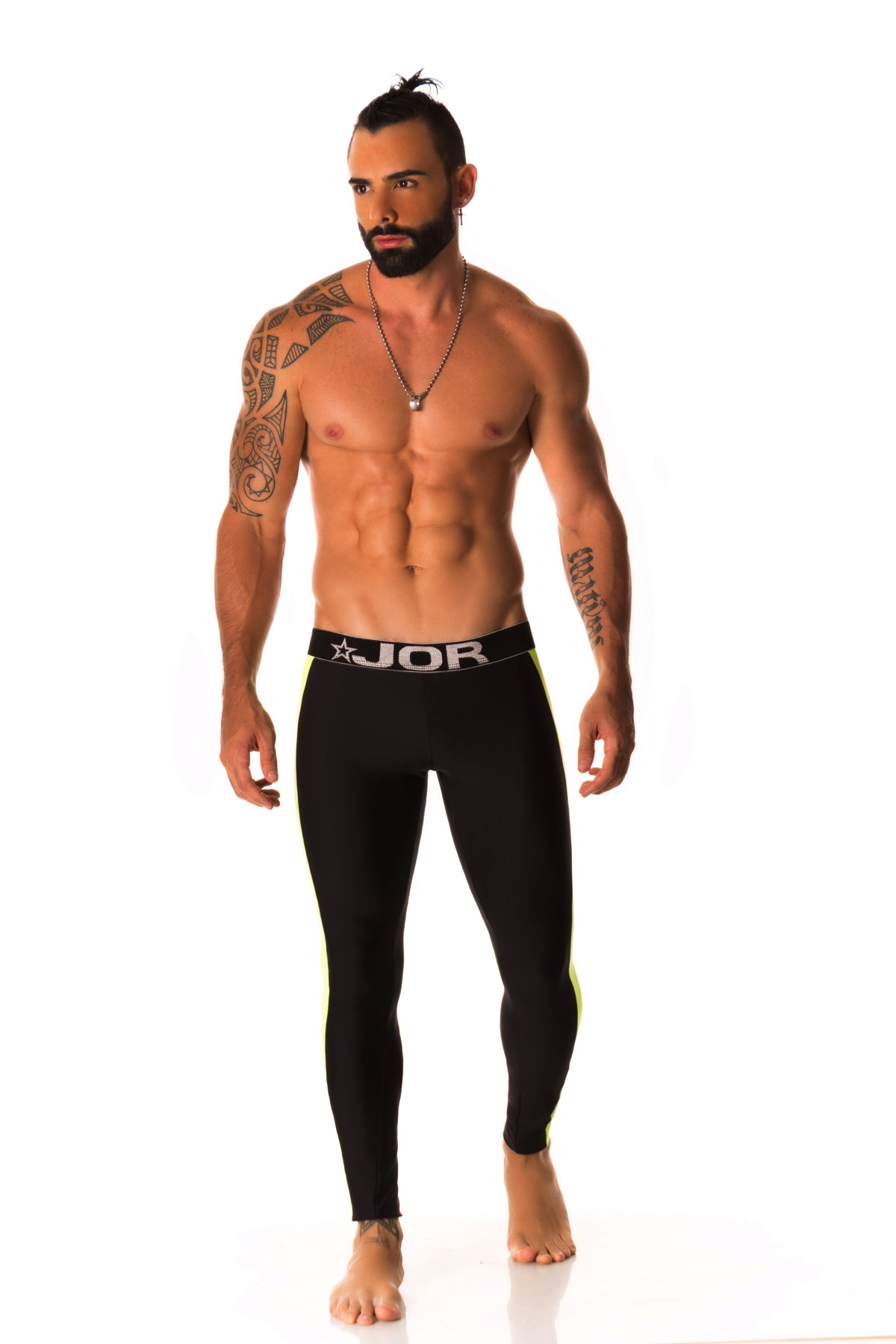 Review JOR Workoutwear Logo Black T-Shirt and Runner Black Long Pants
