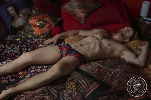 Tartan restyled - Limited edition Scott line by L'Homme Invisible