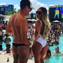 #WheninVegas wear a Swim Thong