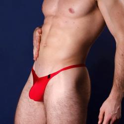 4 Hunks Now Has thongs