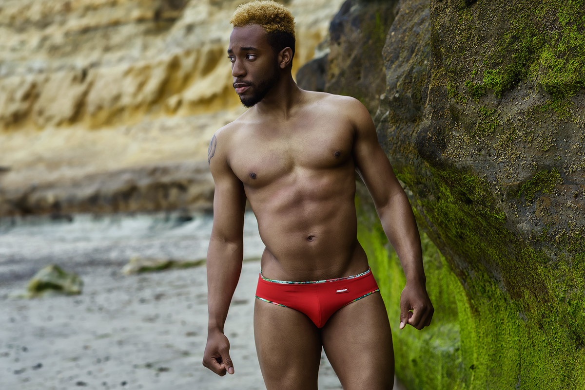 Latest Trends in Swimwear by Hunk2
