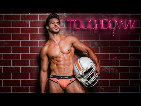 Get a touchdown with our TBT Video from Teamm8