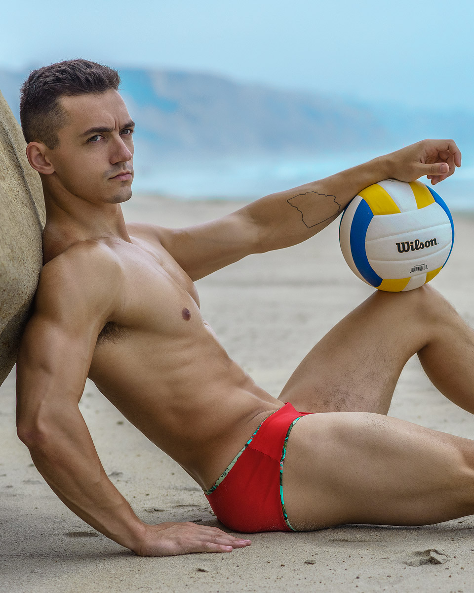 Get Pumped with Jeremy from Hunk2