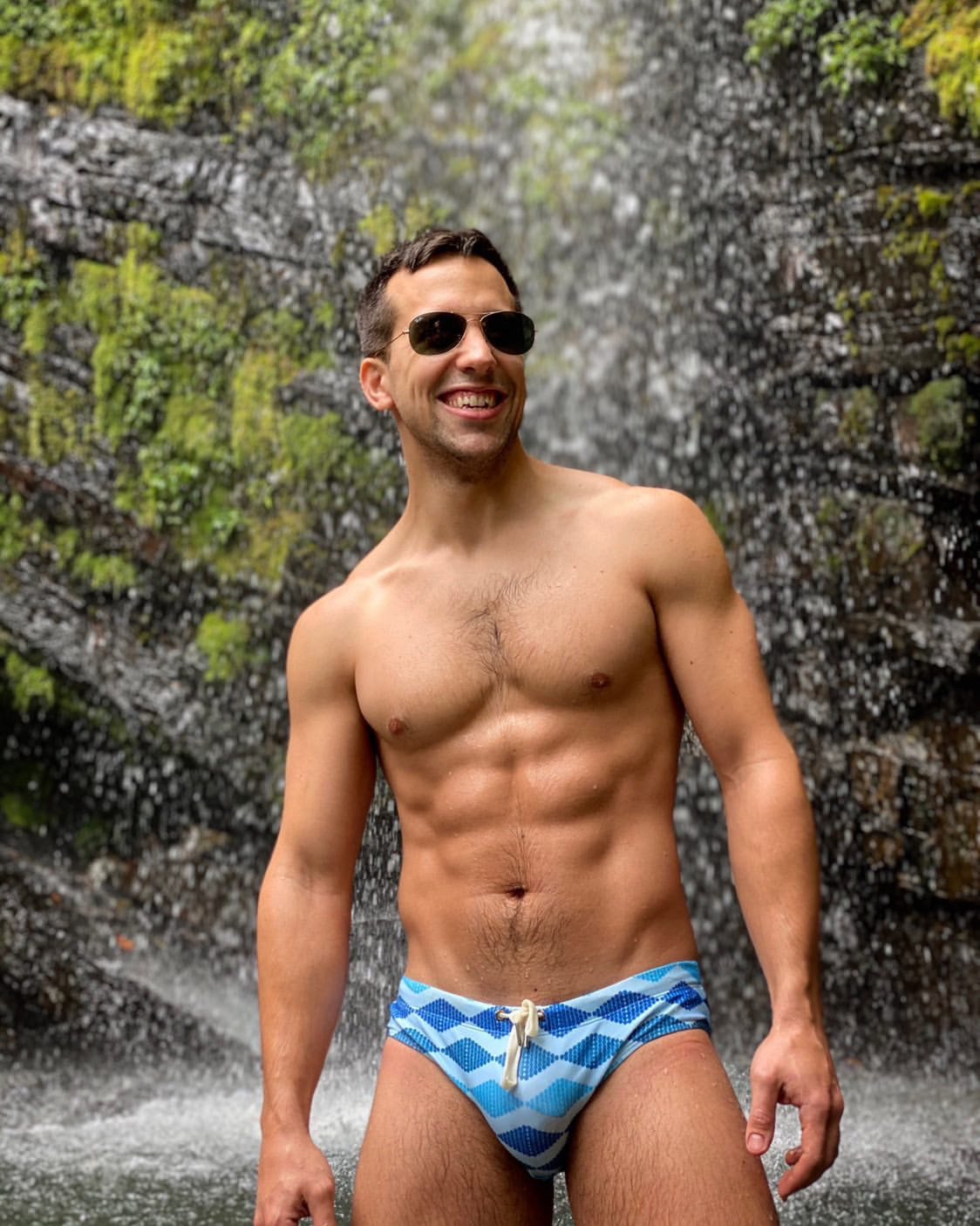 Brief Distraction featuring Real guy- Jamespascucci