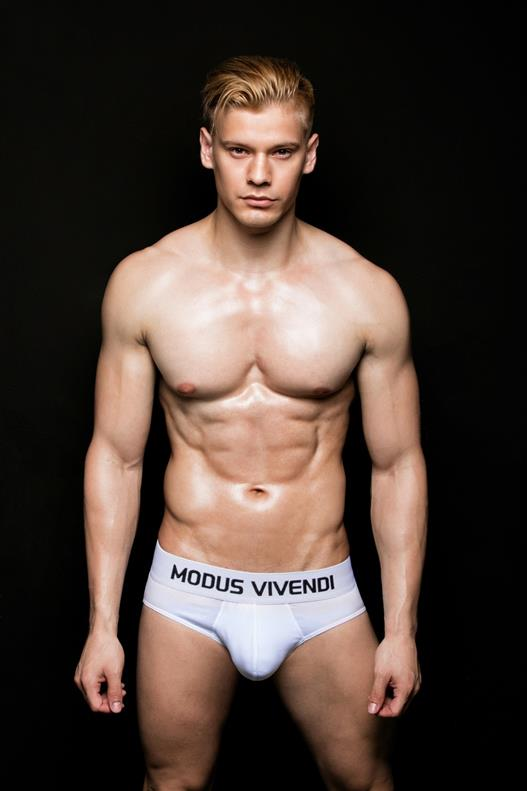 Modus Vivendi Model Interview - Guido Benitez